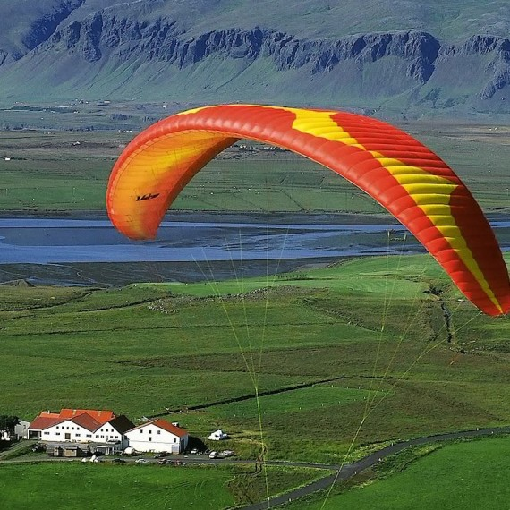 www.phototeam-nature.com-antognelli-iceland-islande-expedition-parapente