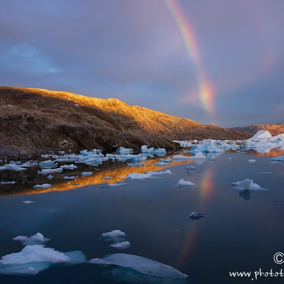 www.phototeam-nature.com-antognelli-greenland-expedition-kayak-raimbow
