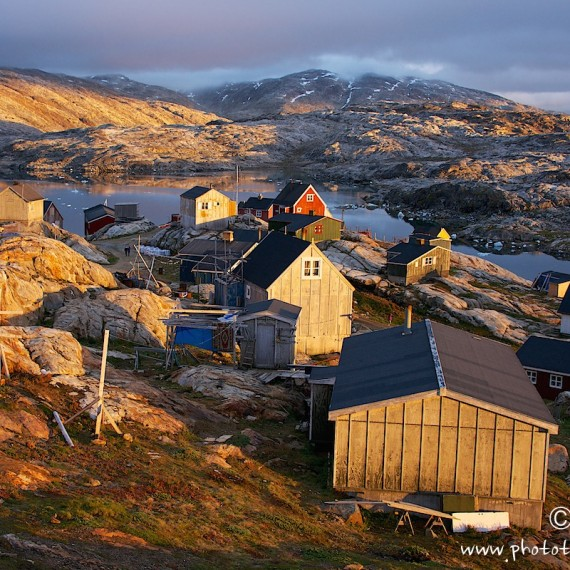 www.phototeam-nature.com-antognelli-greenland-expedition-kayak-tiniteqilaaq