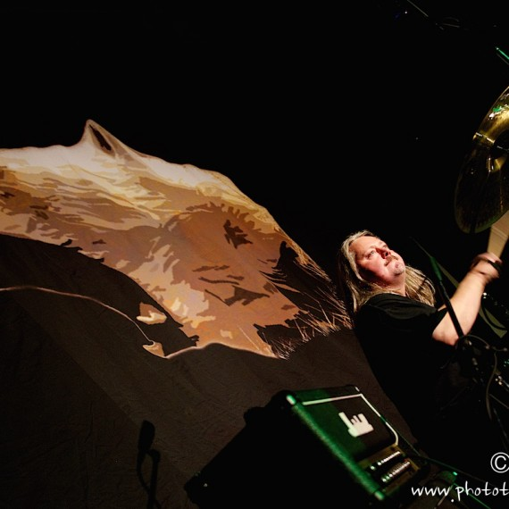 www.phototeam-nature.com-antognelli-greenland--tasiilaq-concert-nanook