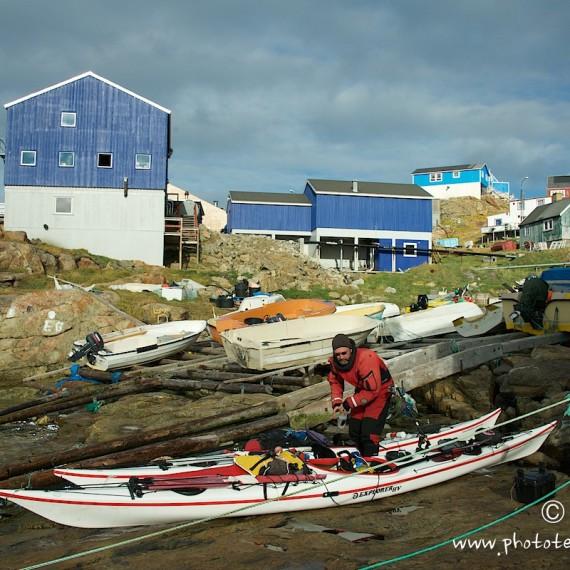 www.phototeam-nature.com-antognelli-greenland-kayak-expedition-kokatat-sea kayaking uk-northern light paddle-upernavik