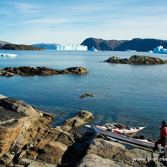 www.phototeam-nature.com-antognelli-greenland-kayak-expedition-kokatat-sea kayaking uk-northern light paddle