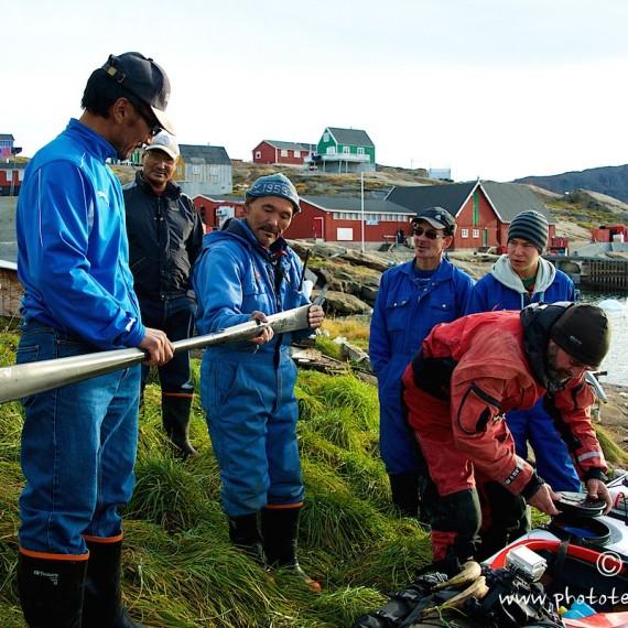 www.phototeam-nature.com-antognelli-greenland-kayak-expedition-nuussuaq-kokatat-sea kayaking UK- northern light paddle-tasiusaq