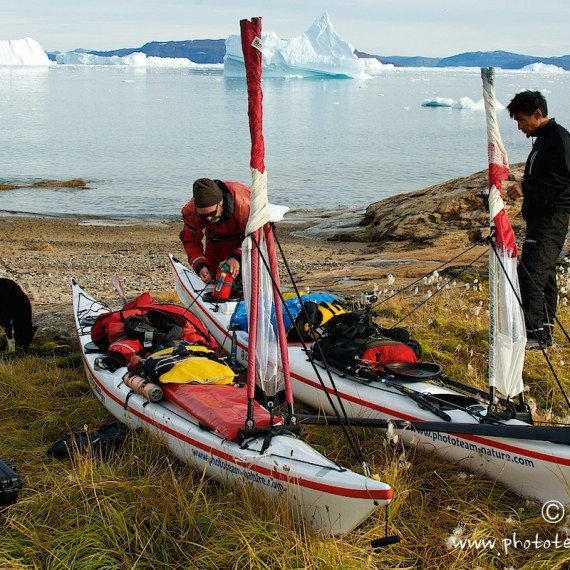www.phototeam-nature.com-antognelli-greenland-kayak-expedition-nuussuaq-kokatat-sea kayaking UK- northern light paddle
