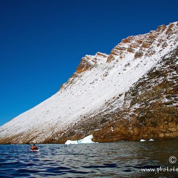 www.phototeam-nature.com-antognelli-greenland-kayak-expedition-nuussuaq-kokatat-sea kayaking UK- northern light paddle