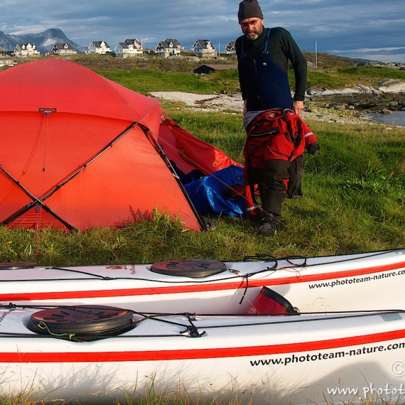 www.phototeam-nature.com-antognelli-groenland-greenland-expedition-kayak-kokatat-sea kayaking uk-nuuk