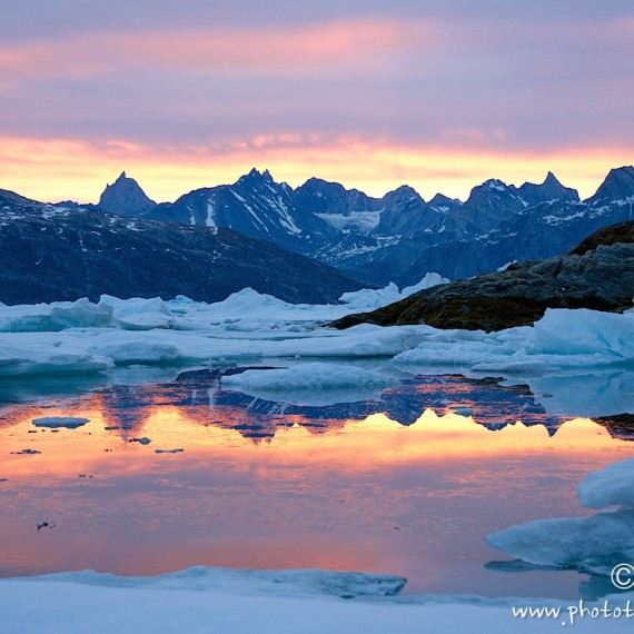 www.phototeam-nature.com-antognelli-greenland-kayak-expedition-semiligaag