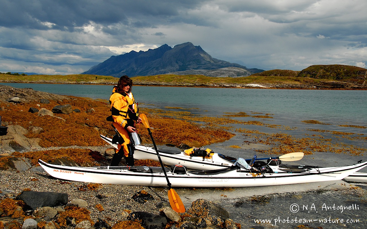 www.phototeam-nature.com-antognelli-norvege-helgeland-kayak-expedition-kokatat