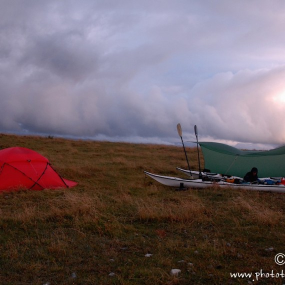 www.phototeam-nature.com-antognelli-norvege-helgeland-kayak-expedition-hilleberg
