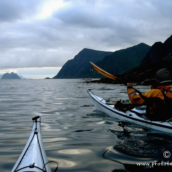 www.phototeam-nature.com-antognelli-norvege-lofoten-kayak-expedition-kokatat