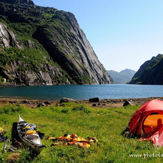 www.phototeam-nature.com-antognelli-norvege-lofoten-kayak-expedition-kokatat-hilleberg