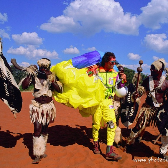 www.phototeam-nature.com-antognelli-zimbabwe-chutes victoria-parapente