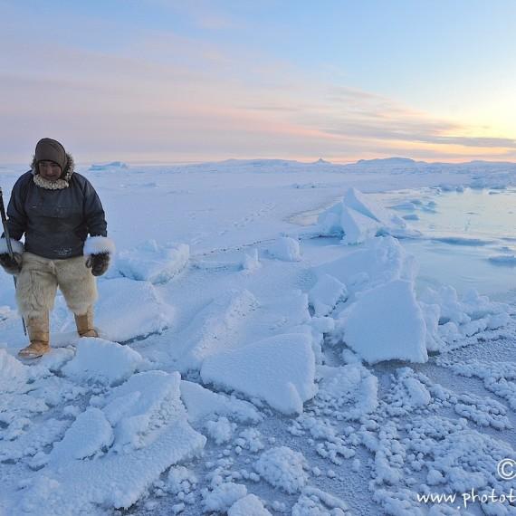 www.phototeam-nature.com-antognelli-greenland-nuussuaq-hunter