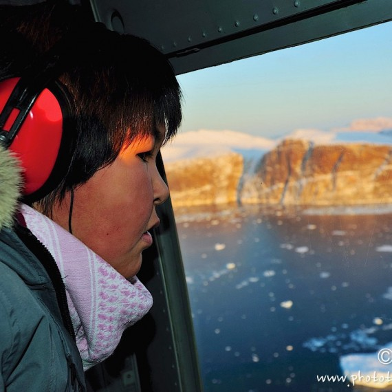www.phototeam-nature.com-antognelli-greenland-nuussuaq-helicopter