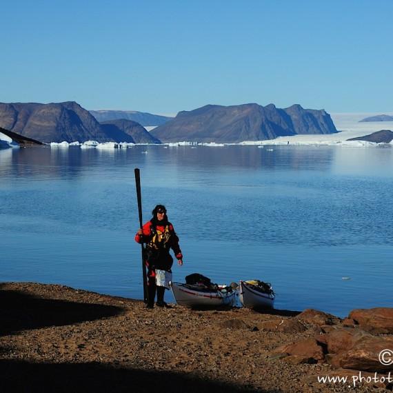 www.phototeam-nature.com-qaanaaq-greenland-expedition-kayak-antognelli